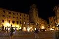 San Gimignano - Piazza Della Cisterna - panoramio.jpg