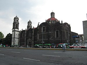 Colonia Guerrero - Santa Veracruz Church on Hidalgo Street