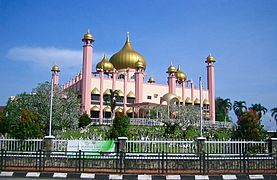 Sarawak State Mosque 02