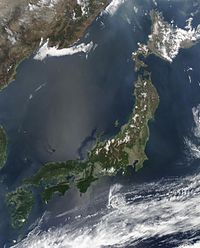 Satellite image of Japan in May 2003.jpg