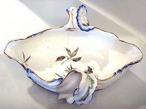 Jean-Claude Chambellan Duplessis - Vincennes porcelain sauceboat by Jean-Claude Chambellan Duplessis, Vincennes, 1756.