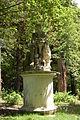 Schloss Neuwaldegg - Statue.JPG