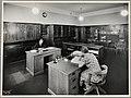 Sekretariatet i 4. etasje, Universitetsbiblioteket (9563849708).jpg