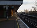 Selhurst station fast platforms look south2.JPG