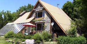 Solar architecture - Greenhouse in Canada.