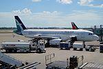 Silk Air Airbus A320-233 9V-SLM (21084034373).jpg