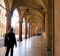 Sotto i portici di via Santo Stefano.JPG