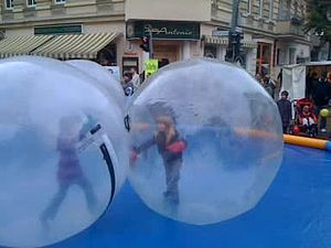 File:Sphereing balls with kids.ogv