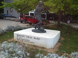 Bernard Vukas - Statue of Vukas, in front of Poljud stadium, Split