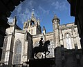 St Giles Cathedral and Charles the second on horseback.jpg