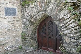 Saint Maudez - St Mawes holy well