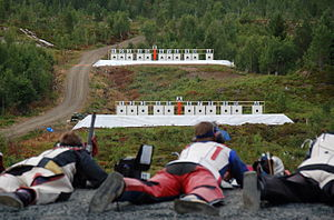 Stang shooting - Stangskyting in Norway, 2007. The nearest target is placed at 155 meters, and the farthest at 221 meters.