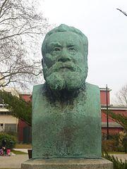 Statue de Jean Jaurès, Courbevoie