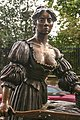 Statue of Molly Malone on Grafton Street, Dublin (8338040787).jpg