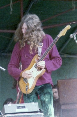 Steve Hillage - Hillage playing Hyde Park with Gong, 1974