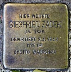 Photo of Siegfried Zadek brass plaque