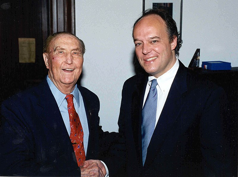 File:Strom Thurmond with Peter Fitzgerald.jpg