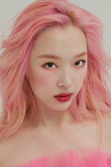 Sulli for Marie Claire Korea, July 2019 04.png