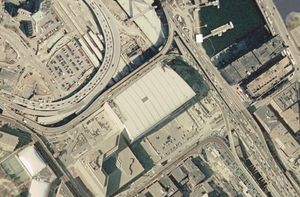 Leverett Circle Connector Bridge - Image: TD Fleet Centre satellite view
