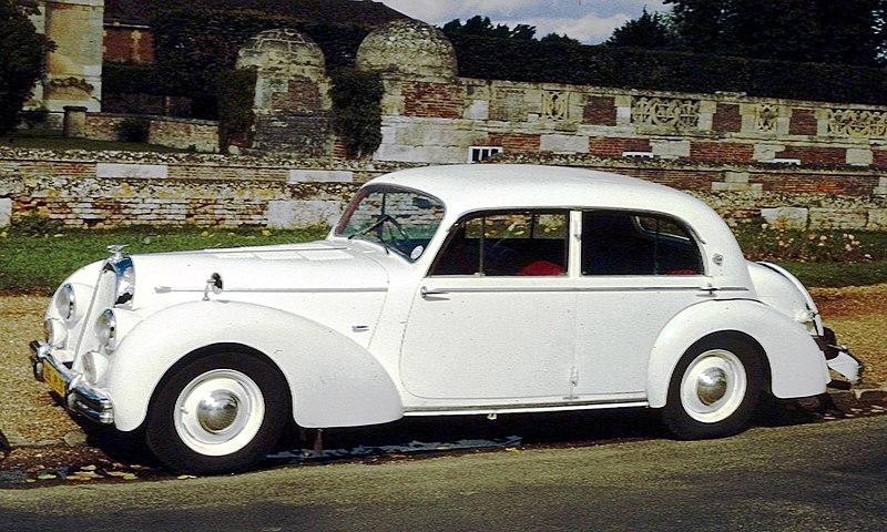 File:Talbot-Lago T26 Berline ca 1950 Anet.jpg