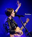 Tegan & Sara 11-19-2014 -24 (15848692082).jpg