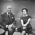Televisieopname van Anneke Beekman en Louis Frequin, Bestanddeelnr 913-2481.jpg