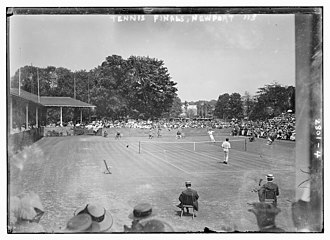1913 U.S. National Championships (tennis) - 1913 men's final at Newport - McLoughlin serving