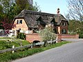 Thatched cottage, Tathwell - geograph.org.uk - 418282.jpg