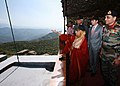The President, Smt. Pratibha Devisingh Patil viewing the LOC in a in a forward area of Rajouri, J&K on October 09, 2009.jpg