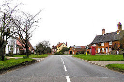 The Street, Redgrave, Suffolk - geograph.org.uk - 226326.jpg