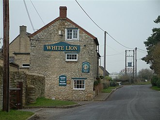 Ardley, Oxfordshire - The White Lion at Fewcott