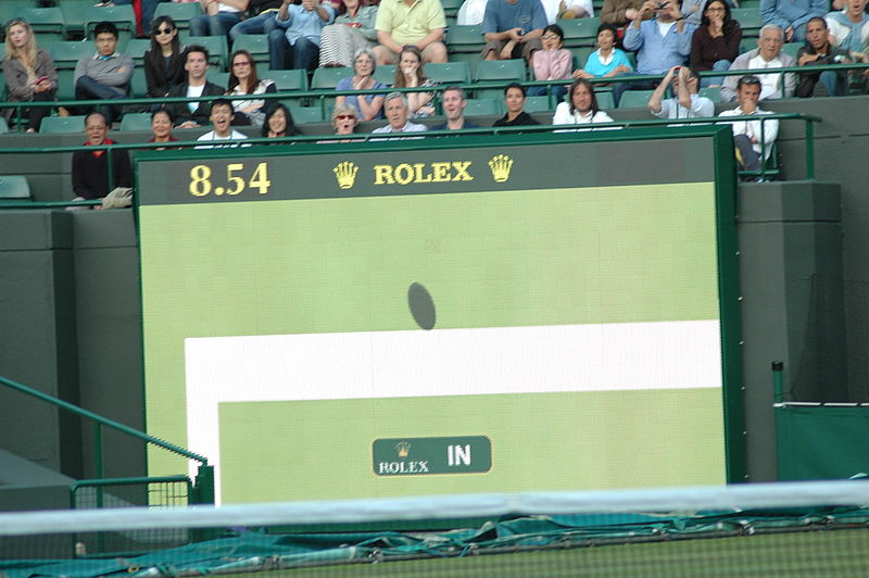 Fájl:The decision of In or Out with the help of Technology at Wimbledon.jpg