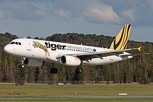 Tiger Airways Airbus A320-232 CBR Gilbert-2.jpg