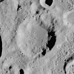 Tisserand crater AS17-M-0294.jpg