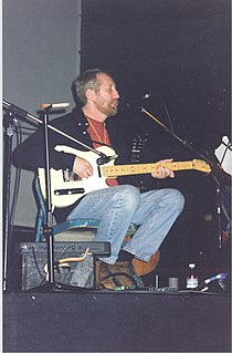 Tom Rapp 1998 concert.jpg