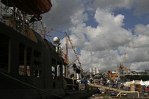 Tonnerres de Brest 2012 - 120715-037 Sankt Peterbourg.jpg