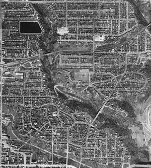 Rosedale, Toronto - Aerial photograph, 1942