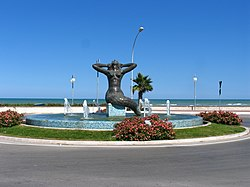 La Sirena – Statue located at the south end of Tortoreto Lido