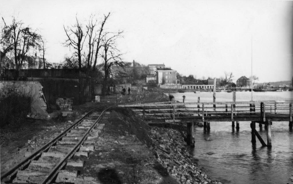 Trümmerräumung und Wiederaufbau (Kiel 50.404)