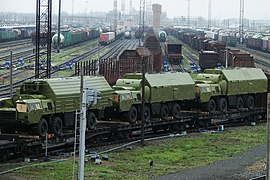 https://upload.wikimedia.org/wikipedia/commons/thumb/d/d8/Transporting_S-300.jpg/270px-Transporting_S-300.jpg