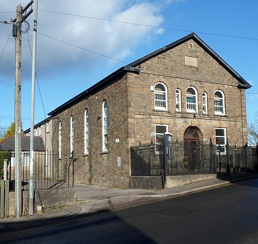 Two Locks Church, Cwmbran - geograph.org.uk - 3249492