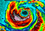 Typhoon Soudelor's Eye Close-Up from NASA-NOAA's Suomi NPP (20274715490).png