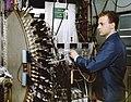 U.S. Department of Energy - Science - 413 001 003 (9952380874).jpg