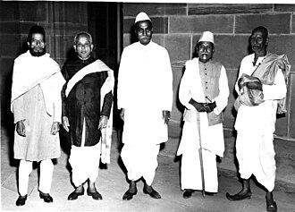 Mushtaq Hussain Khan - Mushtaq Hussain Khan, Ariyakudi Ramanuja Iyengar, Allauddin Khan and Karaikudi Sambasiva Iyer with the First President of India, Rajendra Prasad at the Rashtrapati Bhavan on March 20, 1952.