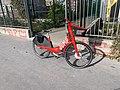 Vélo Jump Boulevard Poniatowski Paris 1.jpg