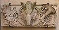 Vesoul - couvent des ursulines - haut-relief de la cour.jpg