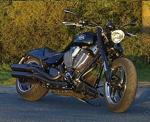 Victory Motorcycles - Victory Hammer Eight-Ball