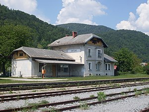 Vintgar train station.jpg