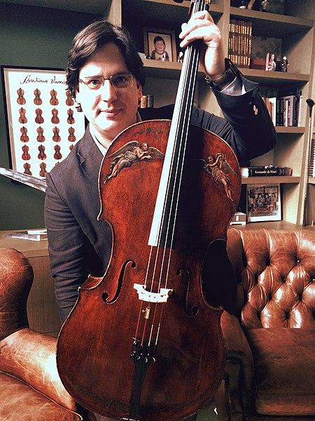 File:Violonchelo Stradivarius.jpg