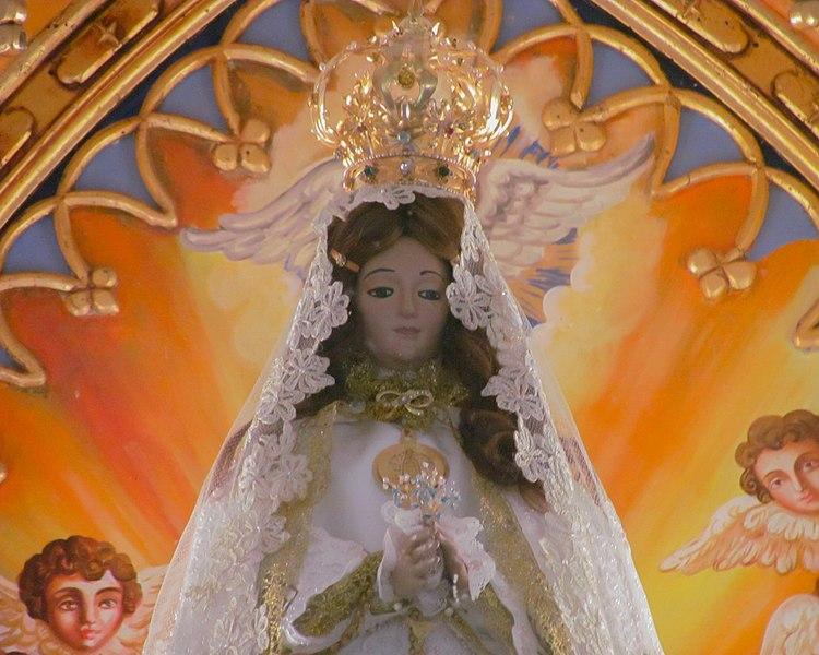 File:Virgen del Valle, Isla de Margarita, Venezuela.jpg